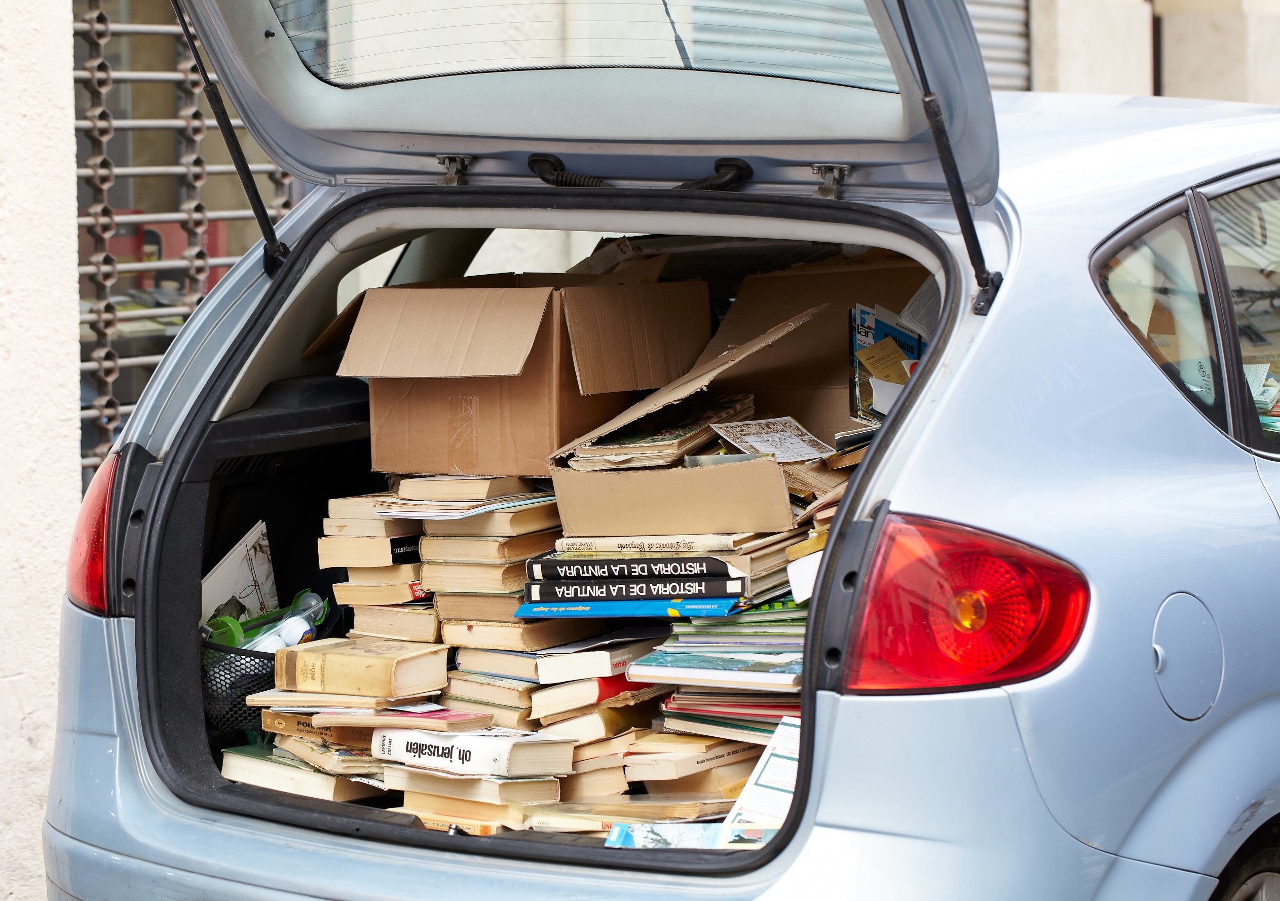 Overloaded car that needs cleaning